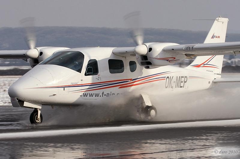 Tecnam P2006T de los aviones CS-23