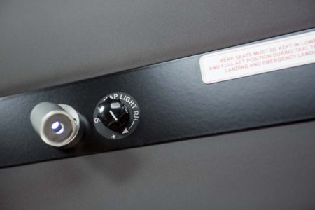 Tecnam P2006T: Luces LED regulables